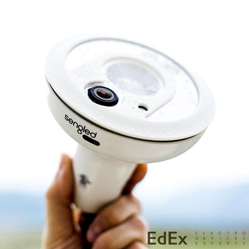 Светодиодная лампа и камера Sengled Snap